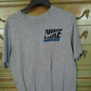 Mens M Gray Nike T-Shirt Dri Fit-Illegal-Use